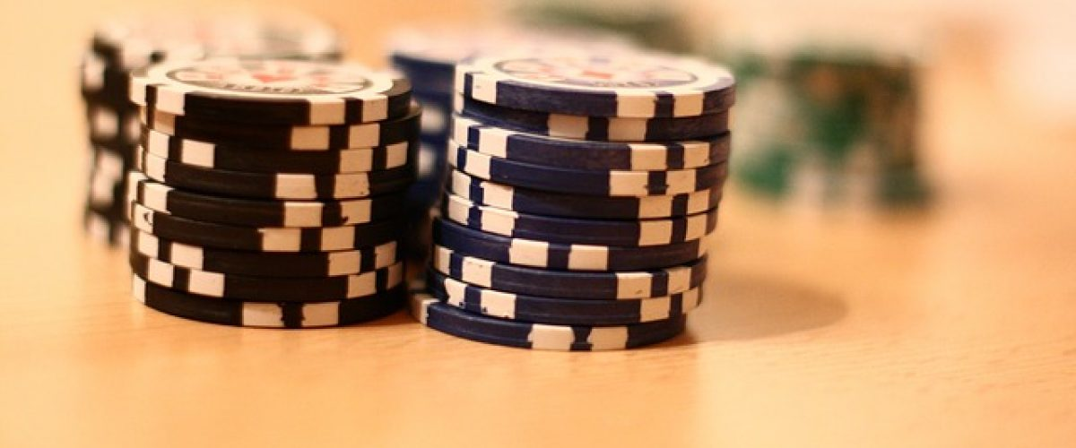 As a beginner to online poker, which stakes should you